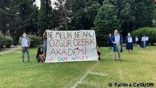 Akademiker und Studenten der Boğaziçi (Bosporus) Universitaet in Istanbul protestierten gegen die Ernennung des Rektors an der Universität.