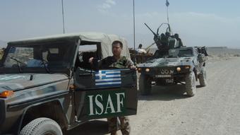 Ο Κώστας Κολοκούρης επιστρέφοντας στην Καμπούλ από αποστολή