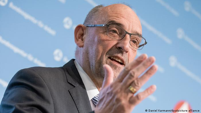 Detlef Scheele I Arbeitsagentur-Chef für 400.000 Migranten pro Jahr