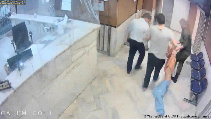 یکی از صحنههای بهدست آمده از طریق هک شدن دوربینهای امنیتی زندان اوین