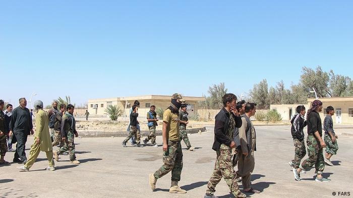 با پیشروی طالبان، ارتش افغانستان بدون مقاومت تسلیم شد. شماری از نظامیان افغان از طریق مرز میلک وارد ایران شدند. در نتیجه نشستی که مسئولان جمهوری اسلامی ایران با طالبان برگزار کردند، این افراد به افغانستان بازگشت داده شدند. از سرنوشت این افراد اطلاعی در دست نیست، معلوم نیست آیا این نظامیان به صفوف طالبان پیوستهاند یا به زندگی عادی خود بازگشتهاند؟