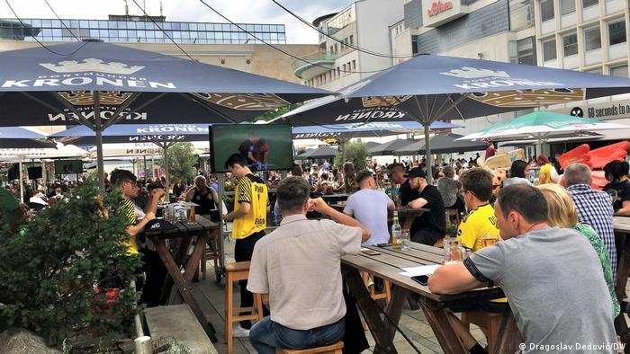 Deutschland Dortmund | Fußballfans am Alten Mark