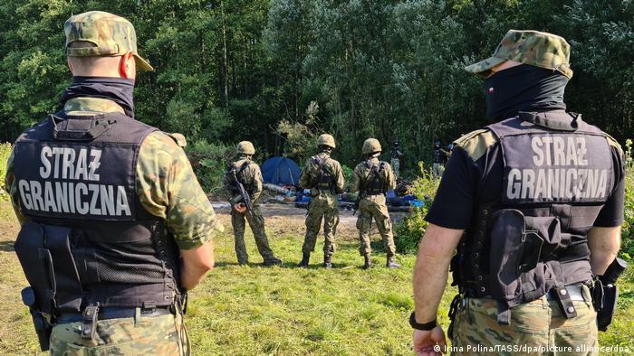 Afghanische Flüchtlinge an der polnisch-weißrussischen Grenze gestrandet