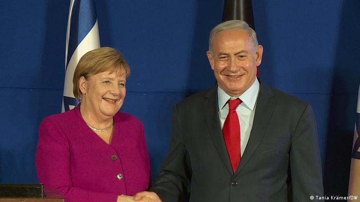 Merkel y Netanyahu en una conferencia de prensa en Jerusalén (04.10.2018).