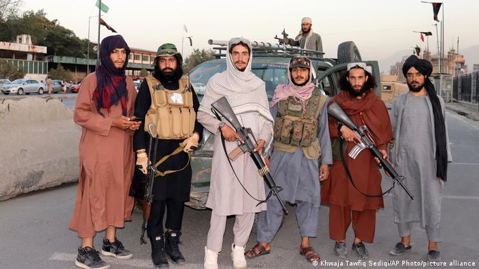 Talibani u zračnoj luci u Kabulu 25. kolovoza 2021.