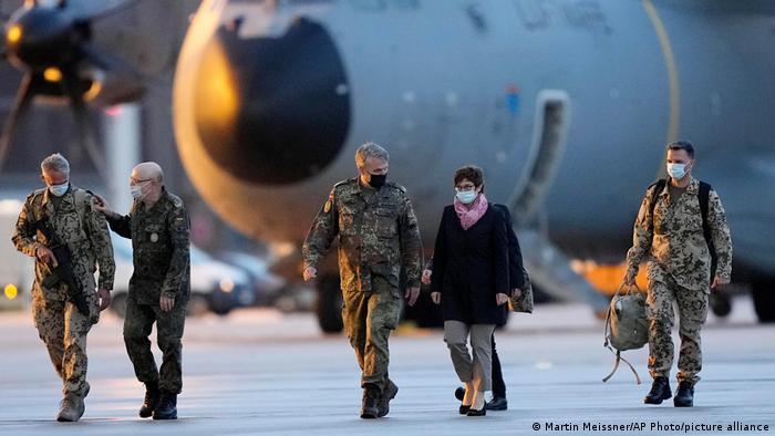Deutschland   Wunstorf   Rückkehr der Bundeswehr aus Afghanistan   Kramp-Karrenbauer