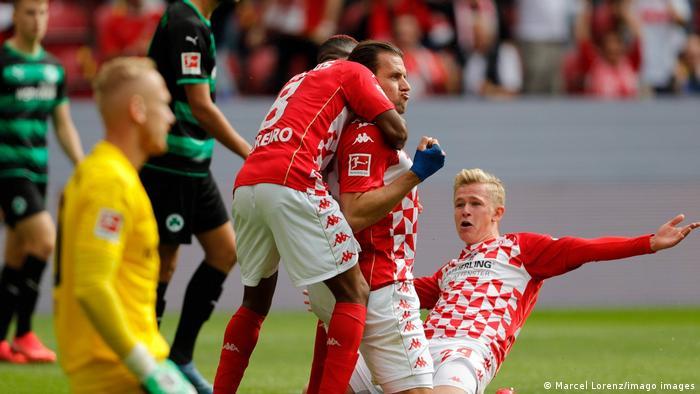 1. Bundesliga | Mainz 05 vs Greuther Fürth | Torjubel (2:0)