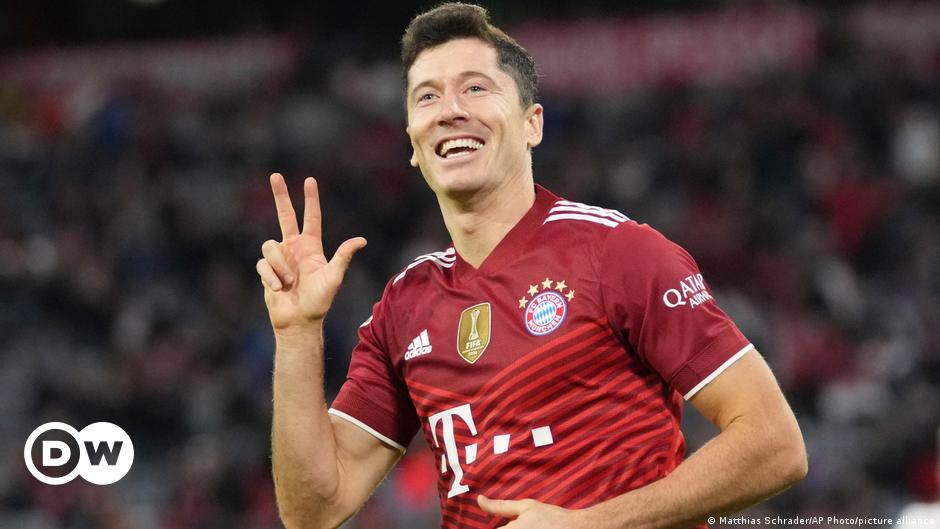 Robert Lewandowski wins Golden Shoe after prolific Bayern Munich season
