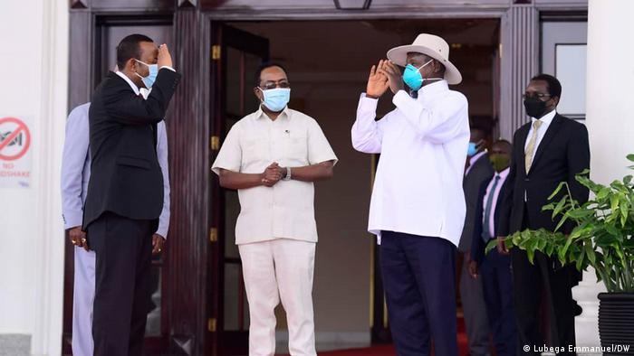 Erhiopian Prime Minister Abiy Ahmed meeting Ugandan President Yoweri Museveni