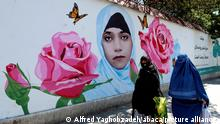 Street art in Kabul, painting depicting Farkhunda Malikzada, 27-year-old woman who was publiclylynchedby amobinKabul, on 19 March 2015. A largecrowdformed in the streets around her claiming that she had burned theQuran, Farkhunda was savagely beaten and killed amullahwho falsely accused her ofburning the Quran. Graffitis targets corruption and hate, Kabul has many concrete security block walls around the city, and the murals are a way of converting it with colorful messages, putting up messages that can make people think. In addition to anti-corruption, the murals depict themes of women's rights and education, anti-terrorism in Afghanistan. Kabul. Afghanistan. 06/08/2021 Photo by Alfred Yaghobzadeh/ABACAPRESS.COM