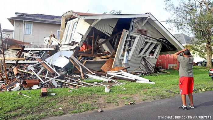 Afetler arasında en yüksek maddi zarara yol açan felaketler kasırgalar