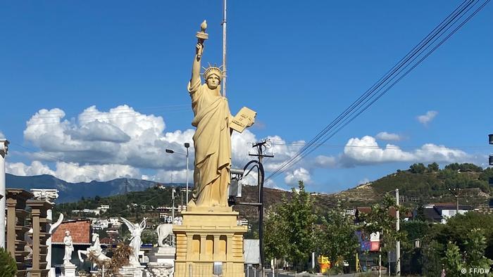 Kip slobode na prodaju: Cena? Sitnica!
