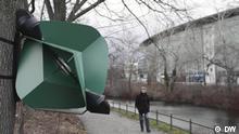 Tobias Trübenbacher, Berliner Designer und Kunststudent, hat eine Straßenlaterne namens Papilio entworfen, die mit Windkraft betrieben wird und sich nur einschaltet, wenn jemand unter ihr hindurchgeht. Quelle: WSMI210830_001_WindlanternPapilio_01R