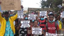 Proteste junger Menschen in Cabinda wegen mangelnder freier Stellen an den Universitäten. Ort: Cabinda, Angola Datum: 30.08.2021