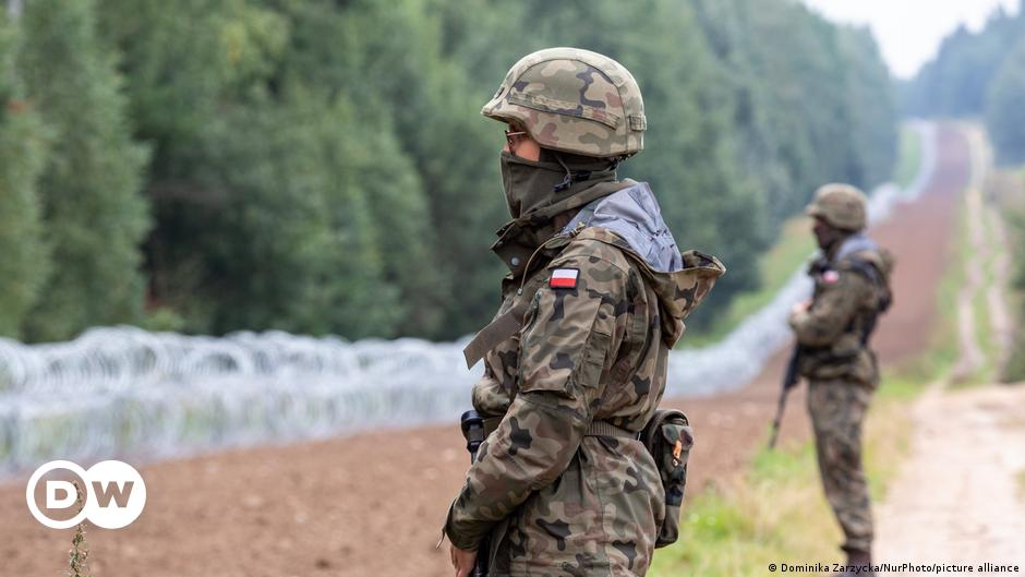 Poland: 4 people found dead on border with Belarus
