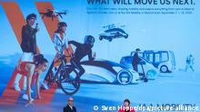 30/08/2021 Hildegard Müller, Präsidentin des Verbandes der Automobilindustrie (VDA), und Klaus Dittrich, Vorsitzender der Geschäftsführung Messe München, stellen während einer Pressekonferenz das Konzept für die Meesse IAA Mobility vor. Die IAA Mobility 2021 soll vom 07.-12.09.2021 in München stattfinden.