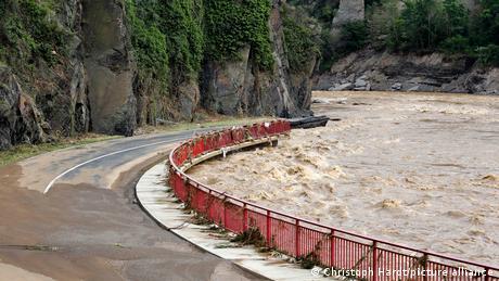 Deutschland | Jahrhunderthochwasser in der Eifel