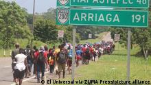 August 29, 2021: EUM20210829SOC22.JPG.TAPACHULA, Chis., MigrantsMigrantesChiapas.- Visiblemente cansados y con los pies lastimados, hombres, mujeres y niños migrantes de Haití, Cuba, Venezuela, Colombia, África, Honduras, El Salvador, Nicaragua y Guatemala avanzaron ayer en caravana hasta el municipio de Escuintla, a pesar de las amenazas del Instituto Nacional de Migración (INM) de detenerlos si no aceptan retornar a Tapachula. Domingo 29 de agosto de 2021. Foto: Agencia EL UNIVERSALRDB. (Credit Image: © El Universal via ZUMA Press Wire
