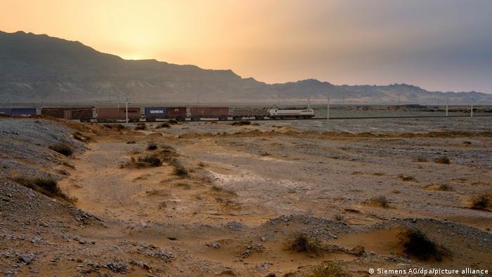 رسم تخيلي لقطار سيمنس في مصر (01.09.2021)