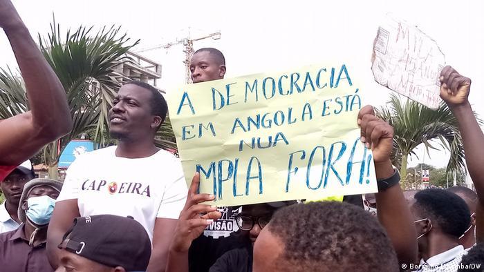 Angola Luanda   Unita