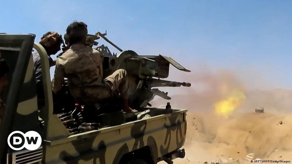 اليمن- التحالف يعلن مقتل  180 حوثيا في مأرب ودعوات لوقف القتال