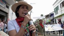 Sendung: Fuerza Latina Sendedatum 07. September 2021 Kolumbien, Juni 2021*** Daniela Soto vom regionalen indigenen Rat von Cauca (CRIC) Sie ist eine junge indigene Frau, die bei den Protesten vom Mai 2021 in Kolumbien durch Schüsse von bewaffneten Zivilisten verletzt wurde. Sie setzt sich für die Rechte der indigenen Bevölkerung und der Frauen der Cauca-Region ein. In Fuerza Latina erzählt sie, wie sie die Demonstration erlebte und wie wichtig der Einsatz für eine friedliche Gesellschaft im Rahmen ihrer Arbeit beim regionalen indigenen Rat von Cauca (Cric) ist. ++++bitte im Zusammenhang mit dieser Sendung benutzen++++
