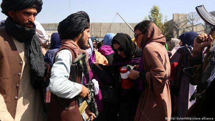 Taliban disperse a demonstration for women's rights in Kabul.