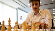 Reykjavik Schach-EM, rechts der 16jährige deutsche Schachspieler Vincent Keymer Quelle: https://www.flickr.com/photos/193812815@N06/albums/with/72157719767500233