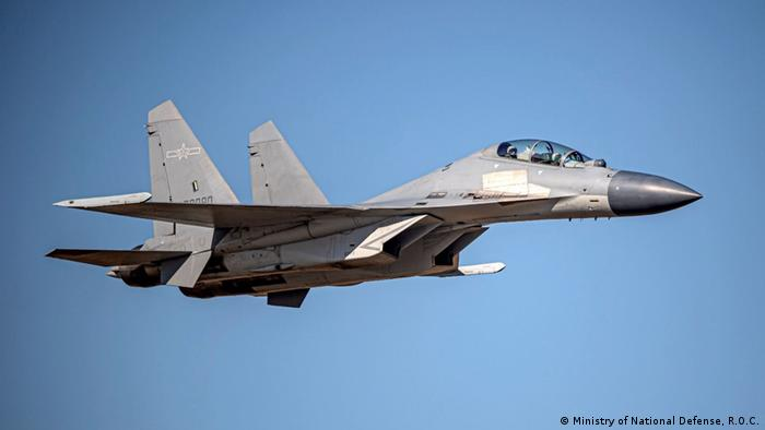 The Chinese Shenyang J-16 fighter jet