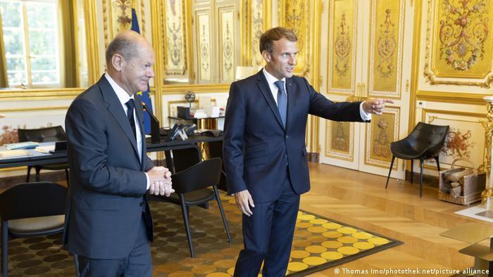 BM Scholz trifft Emmanuel Macron in Paris