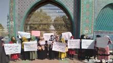 Mehrere Frauen haben am Montag in der Provinz Balkh gegen die Taliban-Herrschaft protestiert.