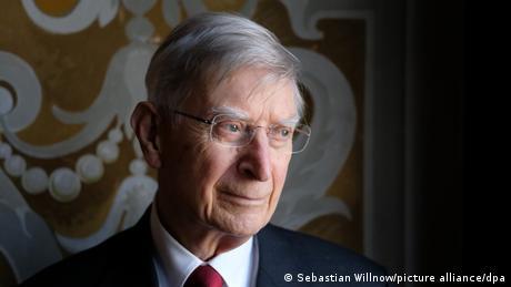 Porträt des Dirigenten Herbert Blomstedt
