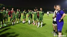Titel: Training der iranischen Fußball-Nationalmannschaft Stichworte: Training der iranischen Fußball-Nationalmannschaft Quelle: varzesh3 bzw. footballi.net (rechtefrei) Bereitstellungsfrist: bitte sofort
