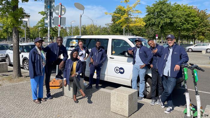DW-Mitarbeitende der Afrika-Programme auf Tour - Bundestagswahl BTW 2021