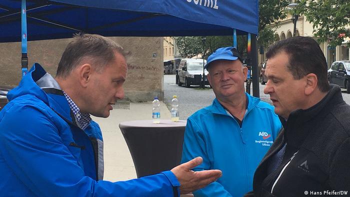 Löbau AfD-Spitzenkandidat Tino Chrupalla im Wahlkampf