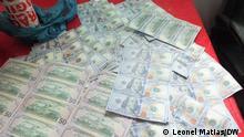 Maputo, 08.09.2021+++fake bills in a police station (c) Leonel Matias/DW