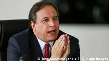 Ecuador s Minister of Economy, Simon Cueva, speaks during a press conference today, in Quito, Ecuador, 08 June 2021.The financing for the vaccination plan, the elaboration of a consensus and solidarity economic plan, and the revision of goals with the IMF, are the short-term objectives that the new Ecuadorian Minister of Economy, Simon Cueva, has set himself. EFE / Jose Jacome Vaccines, fiscal stability and solidarity bases of the economic plan of Ecuador ACHTUNG: NUR REDAKTIONELLE NUTZUNG PUBLICATIONxINxGERxSUIxAUTxONLY Copyright: xJosexJacomex AME4236 20210608-637587764412760533