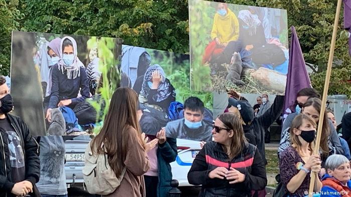 Polen Protest gegen den Ausnahmezustand in Warschau