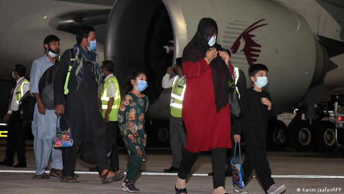 Ziviler Evakuierungsflug aus Afghanistan | Landung in Doha