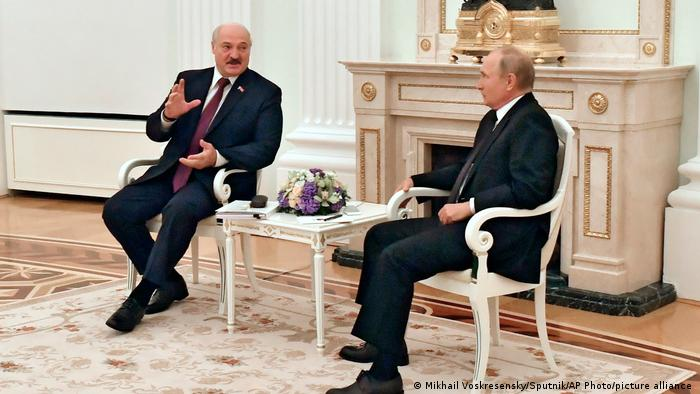 Александр Лукашенко и Владимир Путина на переговорах в Москве, 9 сентября 2021 года