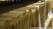 DEUTSCHLAND , BONN , 10.02.2015 Feature Bürokratie MR:N Germany Bonn 10 02 2015 Feature Bureaucracy Mr n