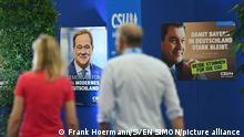 Wahlplakat von Armin LASCHET (CDU Vorsitzender und Kanzlerkandidat) und Markus SOEDER (Ministerpraesident Bayern und CSU Vorsitzender) haengen nebeneinander. CSU Parteitag 2021 am 10. und 11.09.2021 Messe Nuernberg.