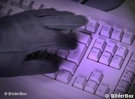 Cambiar contraseñas y anular tarjetas, las principales recomendaciones para esquivar a los ciberpiratas.