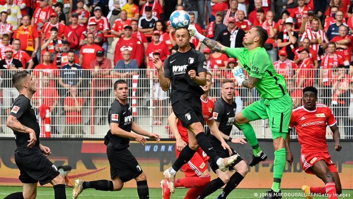 Bundesliga | 1 FC Union Berlin v FC Augsburg