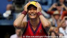 11.09.2021 Emma Raducanu, of Britain, reacts after defeating Leylah Fernandez, of Canada, during the women's singles final of the US Open tennis championships, Saturday, Sept. 11, 2021, in New York. (AP Photo/Elise Amendola)