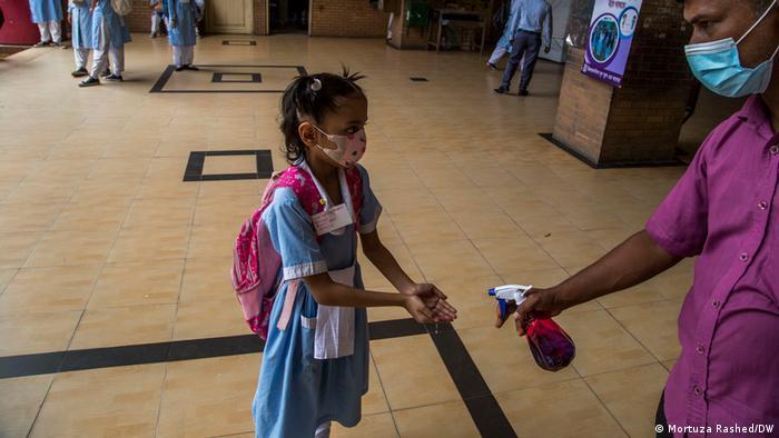 Bangladesch I Schulen öffnen nach Corona-Lockdown
