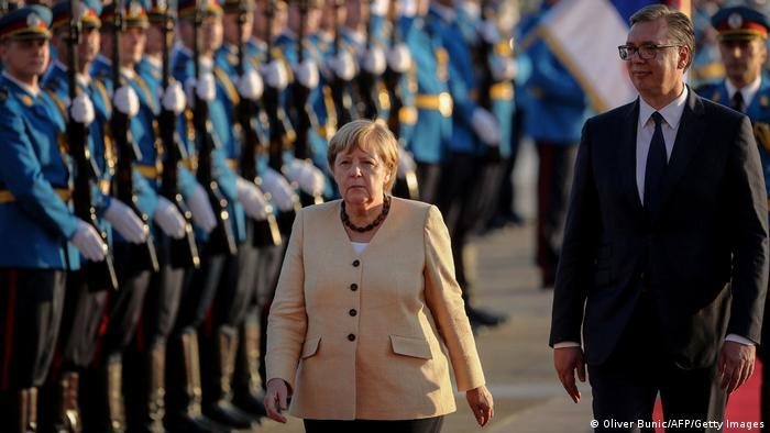 Angela Merkel şi preşedintele Serbiei, Aleksandar Vucic