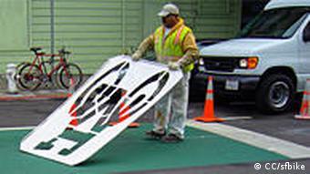 California's First Green Bike Box