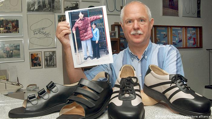 In 2006, a German craftsman made this shoe for Yao Defen (1972-2012) from China, then the tallest woman in the world.
