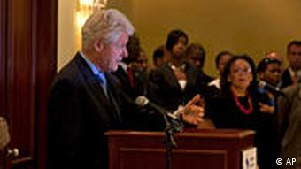 Bill Clinton with US special envoy at Haiti press conference